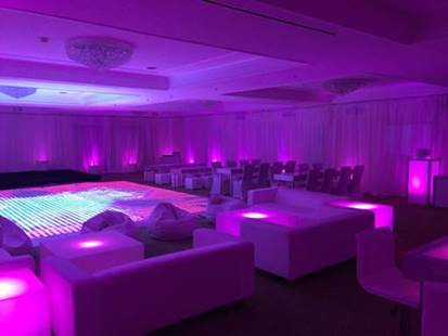 Lounge w-LED Dance Floor.jpg